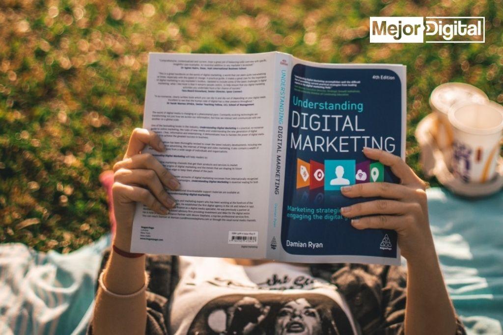 Estrategia de marketing digital y diseño grafico